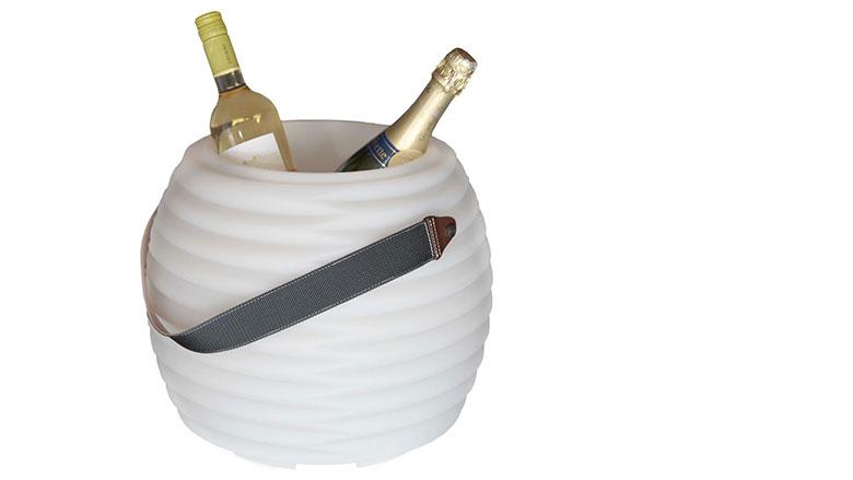 Cooler met speaker voor drankjes